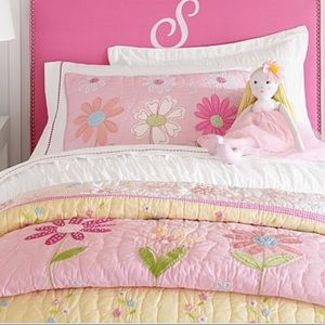 Pottery Barn Daisy Garden Full/Queen Quilt